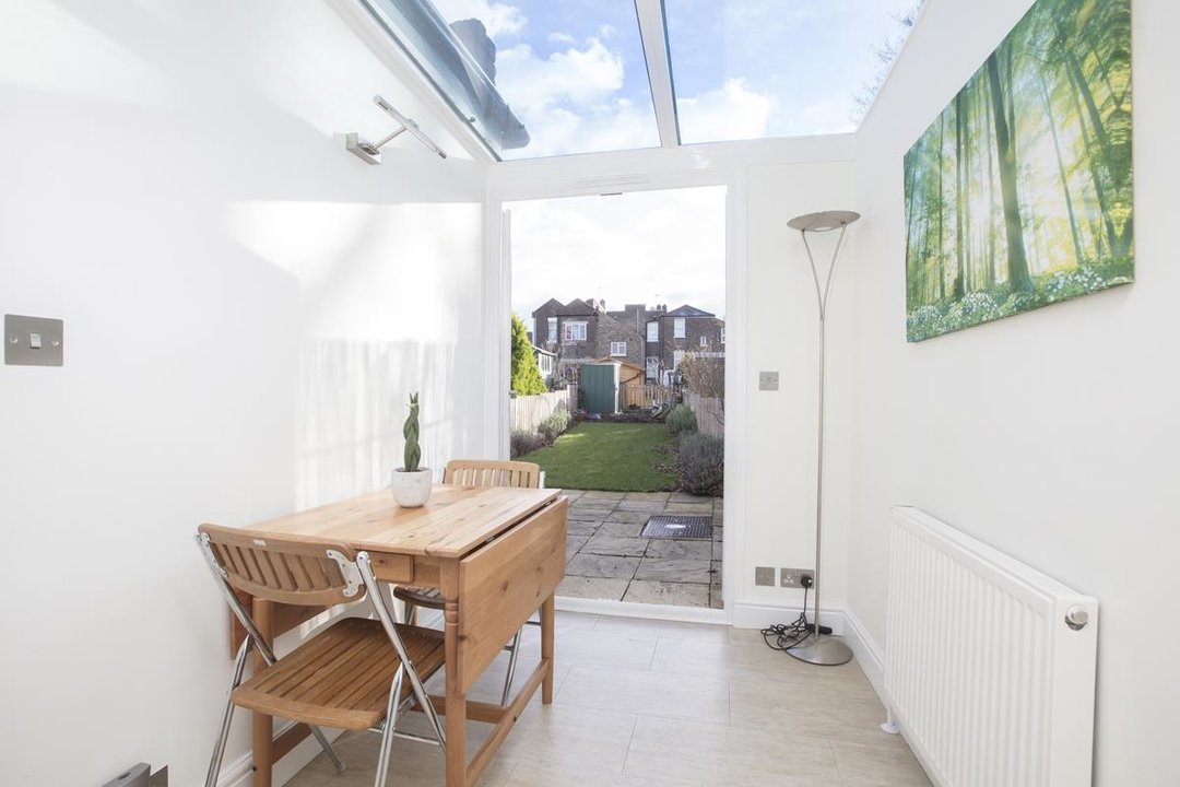 House - Terraced For Sale in Scylla Road, SE15 249 view4