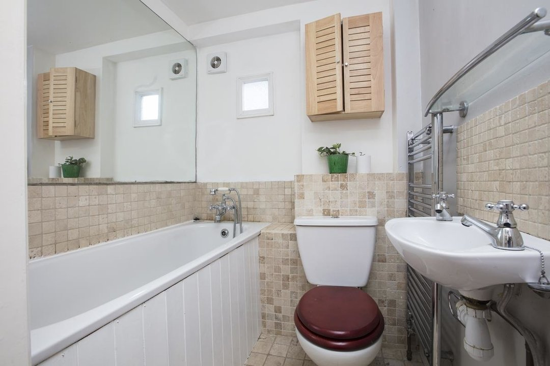 Flat - Conversion Sale Agreed in Shardeloes Road, Brockley, SE14 260 view11