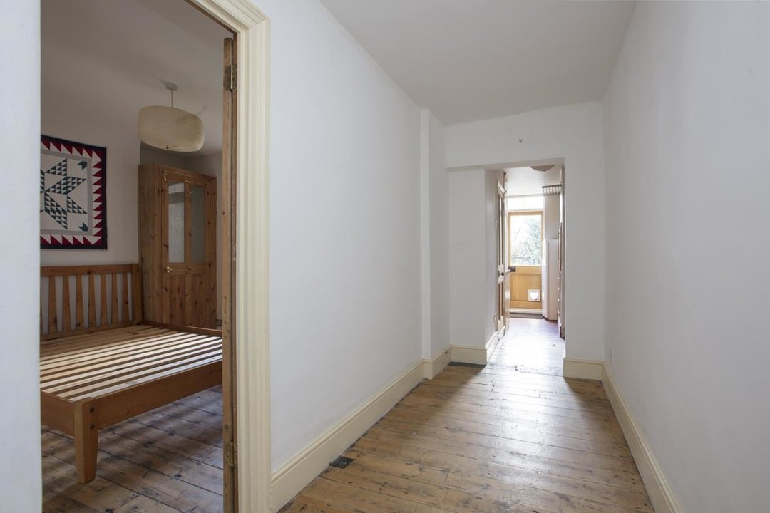 Flat - Conversion Sale Agreed in Shardeloes Road, Brockley, SE14 260 view10
