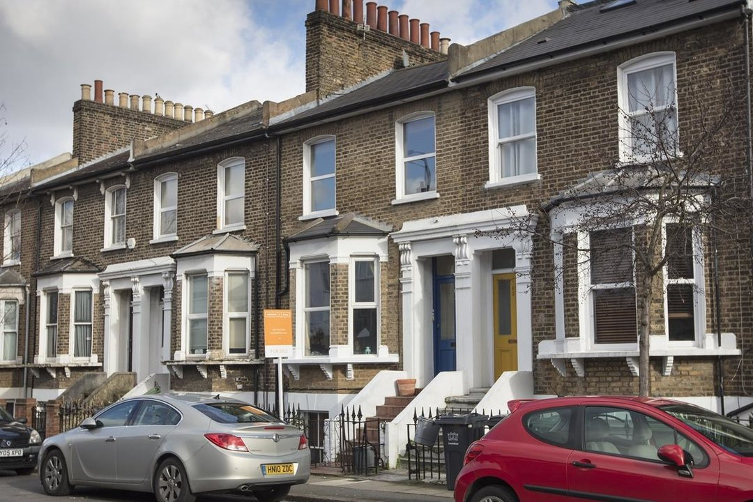 Flat - Conversion Sale Agreed in Shardeloes Road, Brockley, SE14 260 view1