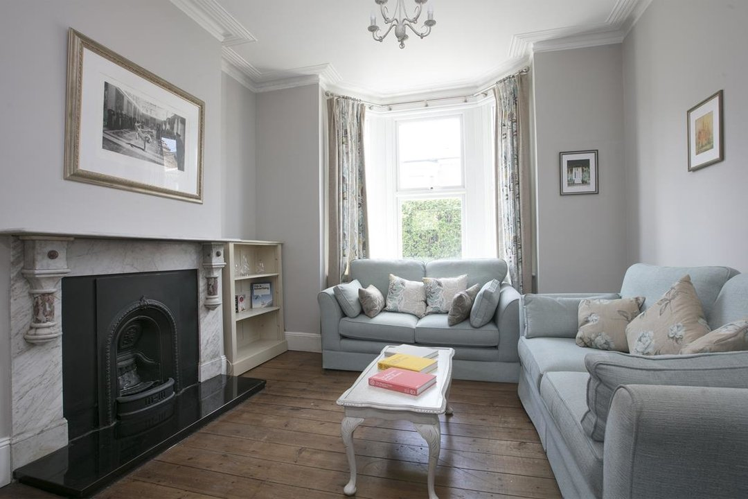 House - Terraced For Sale in Shenley Road, SE5 254 view2