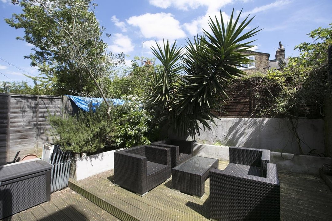House - Terraced For Sale in Shenley Road, SE5 254 view5