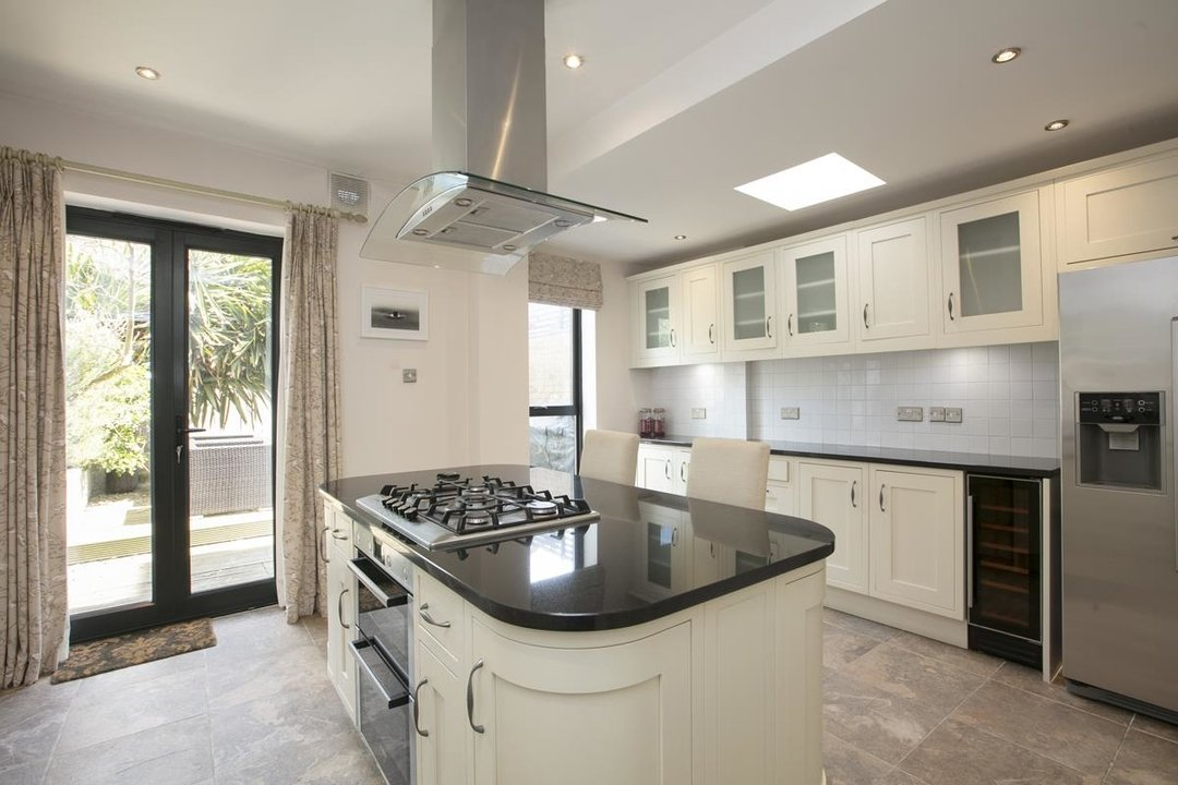 House - Terraced For Sale in Shenley Road, SE5 254 view4
