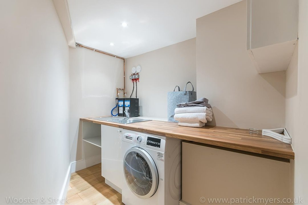House - Terraced Sold in Shenley Road, SE5 88 view16