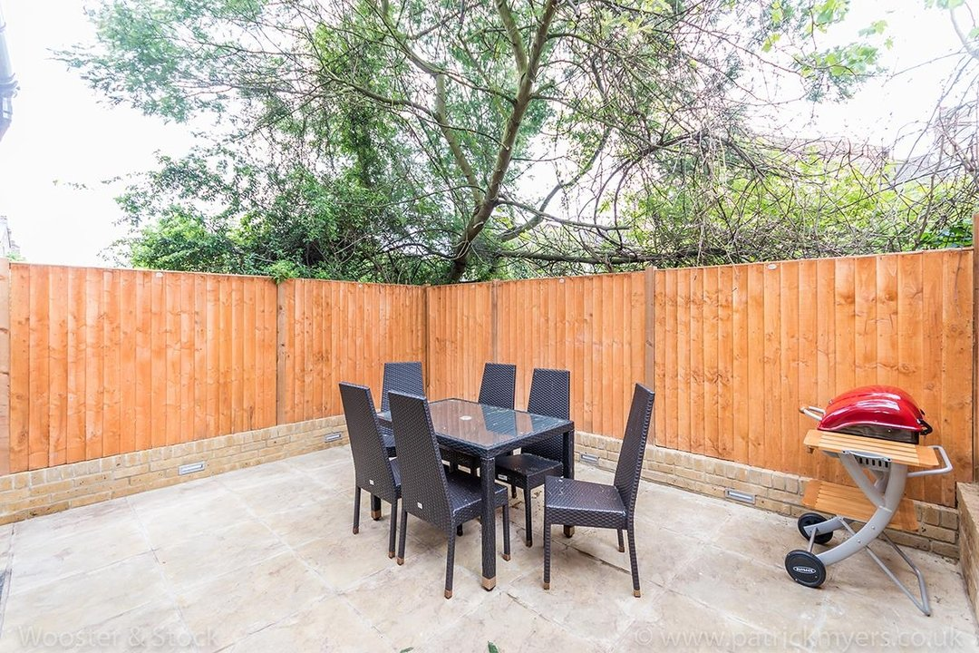 House - Terraced Sold in Shenley Road, SE5 88 view8