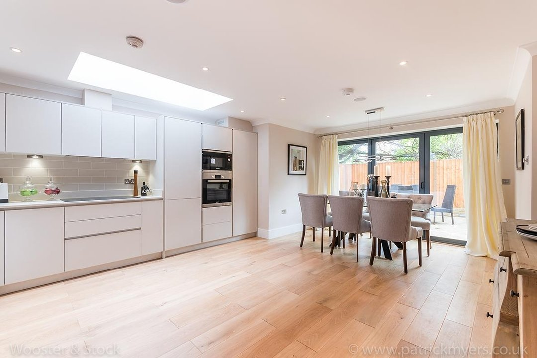 House - Terraced Sold in Shenley Road, SE5 88 view2