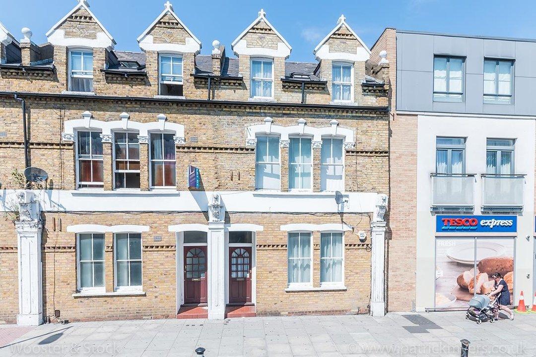 Flat - Purpose Built Sale Agreed in Southampton Way, SE5 95 view1