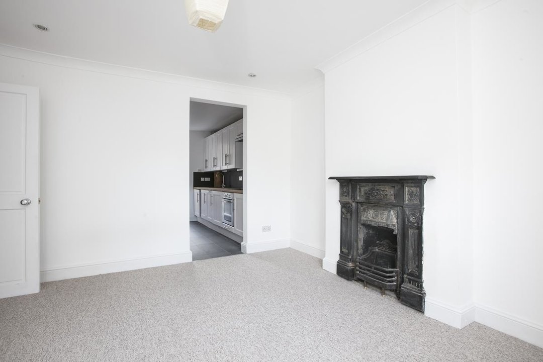 Flat/Apartment For Sale in St. Giles Road, SE5 227 view7