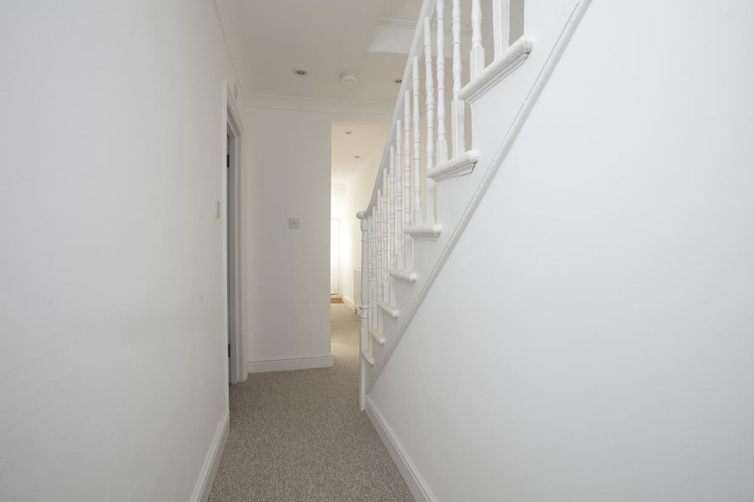 Flat/Apartment For Sale in St. Giles Road, SE5 227 view6