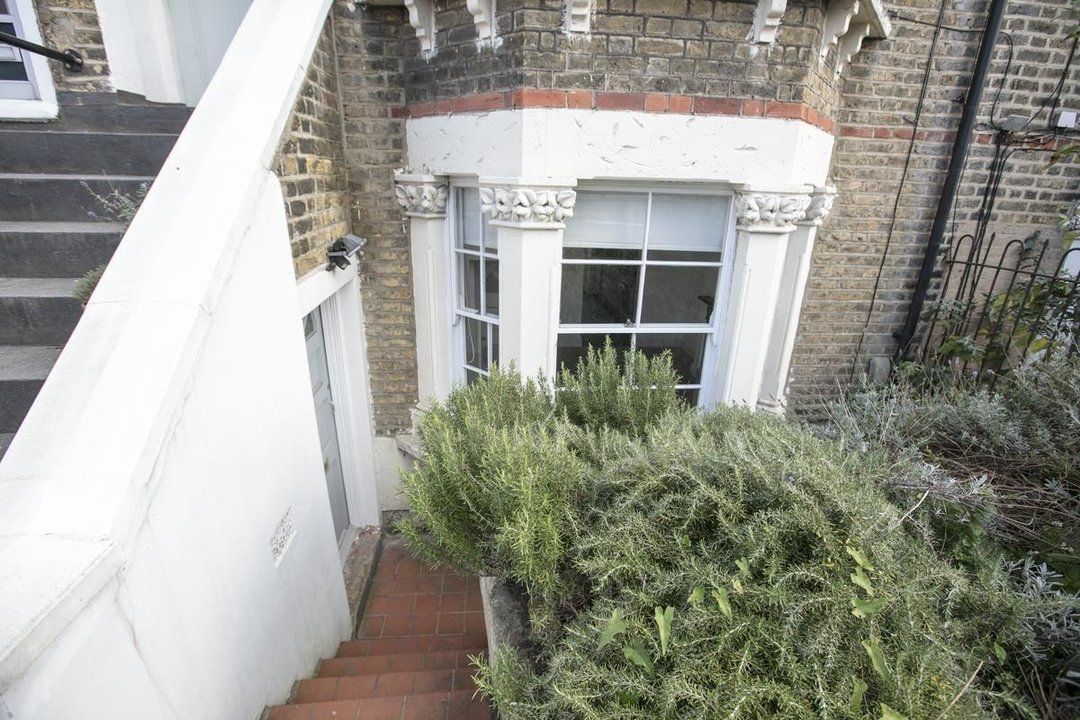 Flat/Apartment For Sale in St. Giles Road, SE5 227 view5