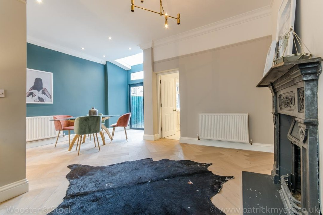 House - Terraced For Sale in Surrey Road, SE15 266 view3