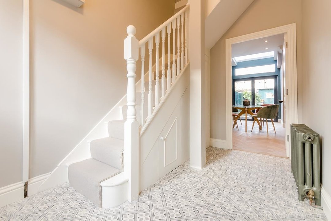 House - Terraced For Sale in Surrey Road, SE15 266 view7