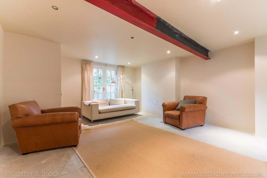 House - Terraced For Sale in Sutherland Square, SE17 197 view24