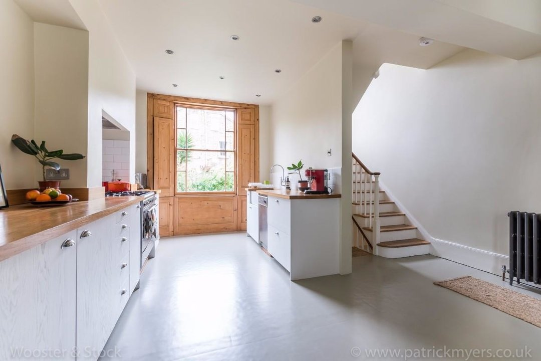 House - Terraced For Sale in Sutherland Square, SE17 197 view3