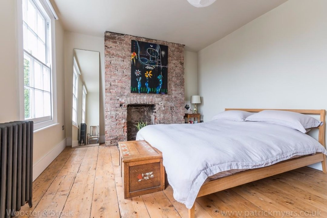 House - Terraced For Sale in Sutherland Square, SE17 197 view9