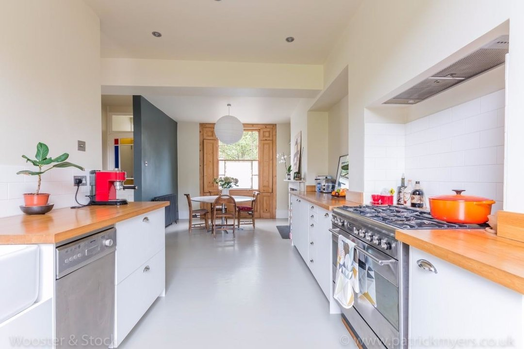 House - Terraced For Sale in Sutherland Square, SE17 197 view19