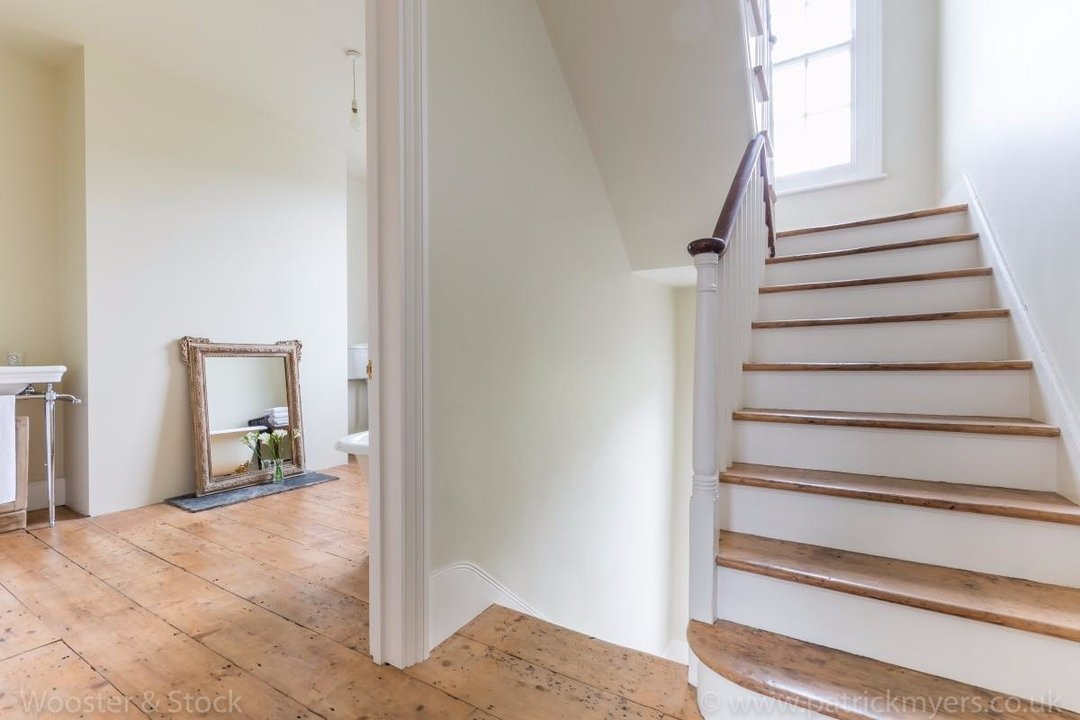 House - Terraced For Sale in Sutherland Square, SE17 197 view14