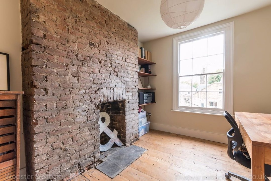 House - Terraced For Sale in Sutherland Square, SE17 197 view15