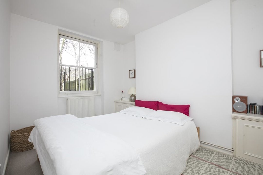 Flat/Apartment For Sale in Talfourd Road, SE15 283 view8