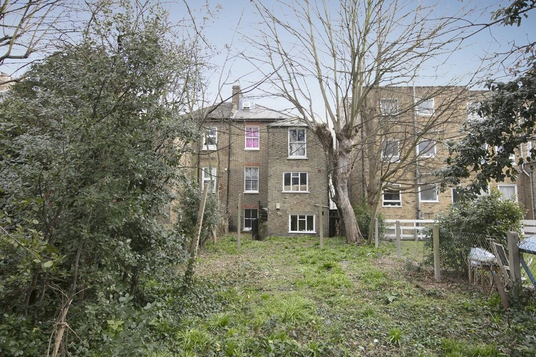Flat/Apartment For Sale in Talfourd Road, SE15 283 view4