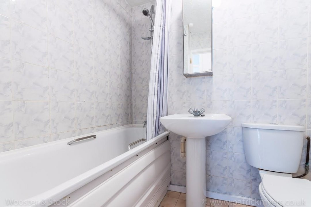 Flat - Purpose Built For Sale in Taymount Rise, SE23 178 view6