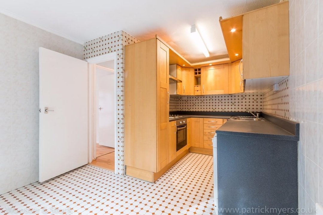 Flat - Purpose Built For Sale in Taymount Rise, SE23 178 view5