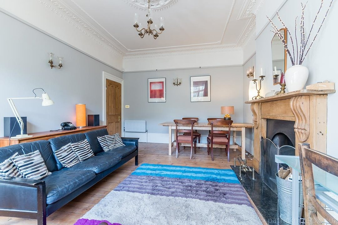 House - Terraced Sold in Templar Street, London SE5 189 view9