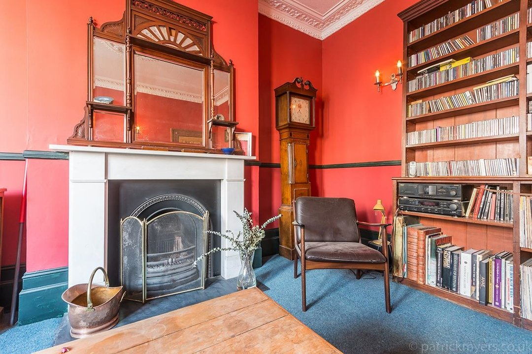 House - Terraced Sold in Templar Street, London SE5 189 view7