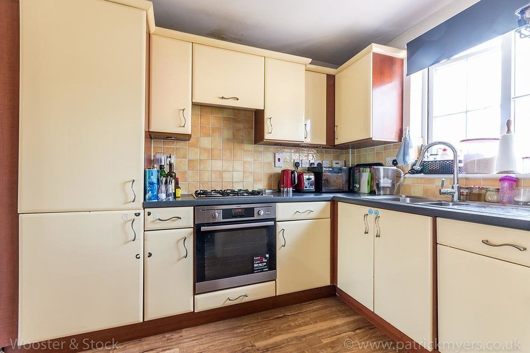 House - Terraced For Sale in Tilson Close, SE5 287 view6