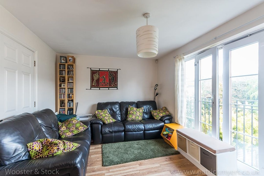 House - Terraced For Sale in Tilson Close, SE5 287 view5