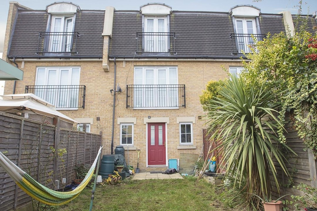 House - Terraced For Sale in Tilson Close, SE5 287 view14
