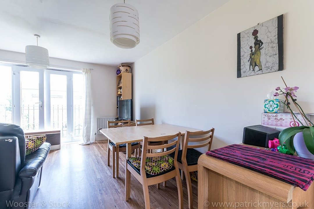 House - Terraced For Sale in Tilson Close, SE5 75 view3