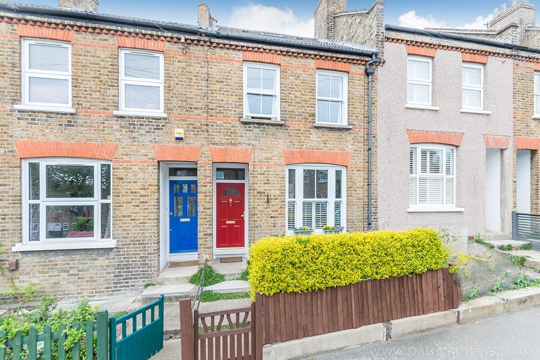 House - Terraced Sold in Trenholme Road, SE20 193 view1
