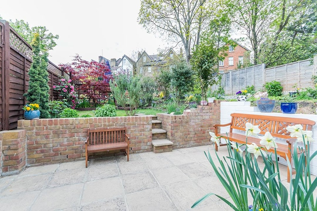 House - Terraced Sold in Trenholme Road, SE20 193 view22