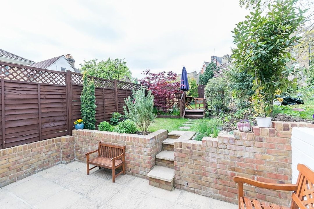 House - Terraced Sold in Trenholme Road, SE20 193 view11