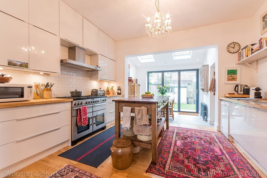 House - Terraced Sale Agreed in Tresco Road, SE15 225 view9