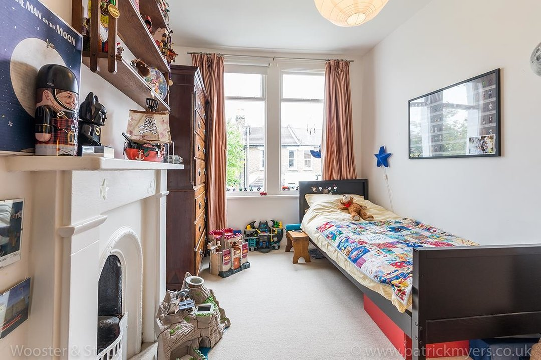 House - Terraced Sale Agreed in Tresco Road, SE15 225 view17