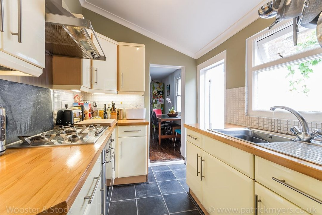 House - Terraced Sold in Vestry Road, SE5 82 view10