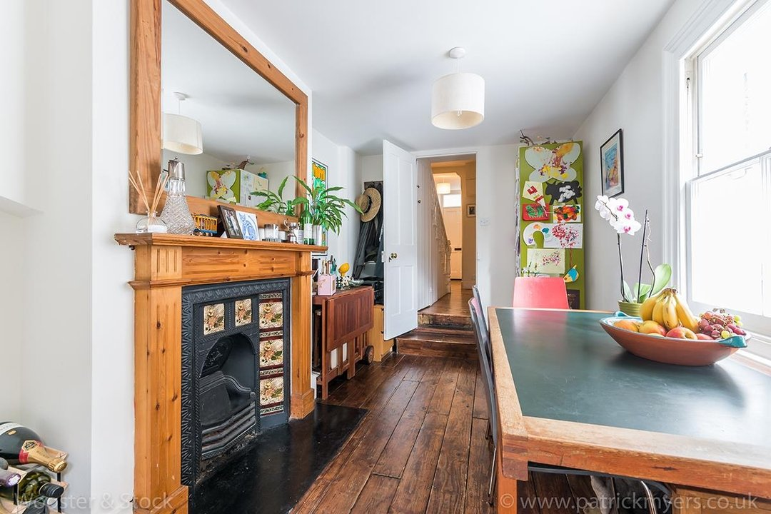House - Terraced Sold in Vestry Road, SE5 82 view8