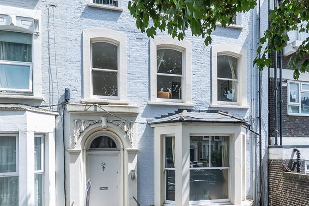 Flat - Conversion Sold in Vicarage Grove, SE5 110 view2