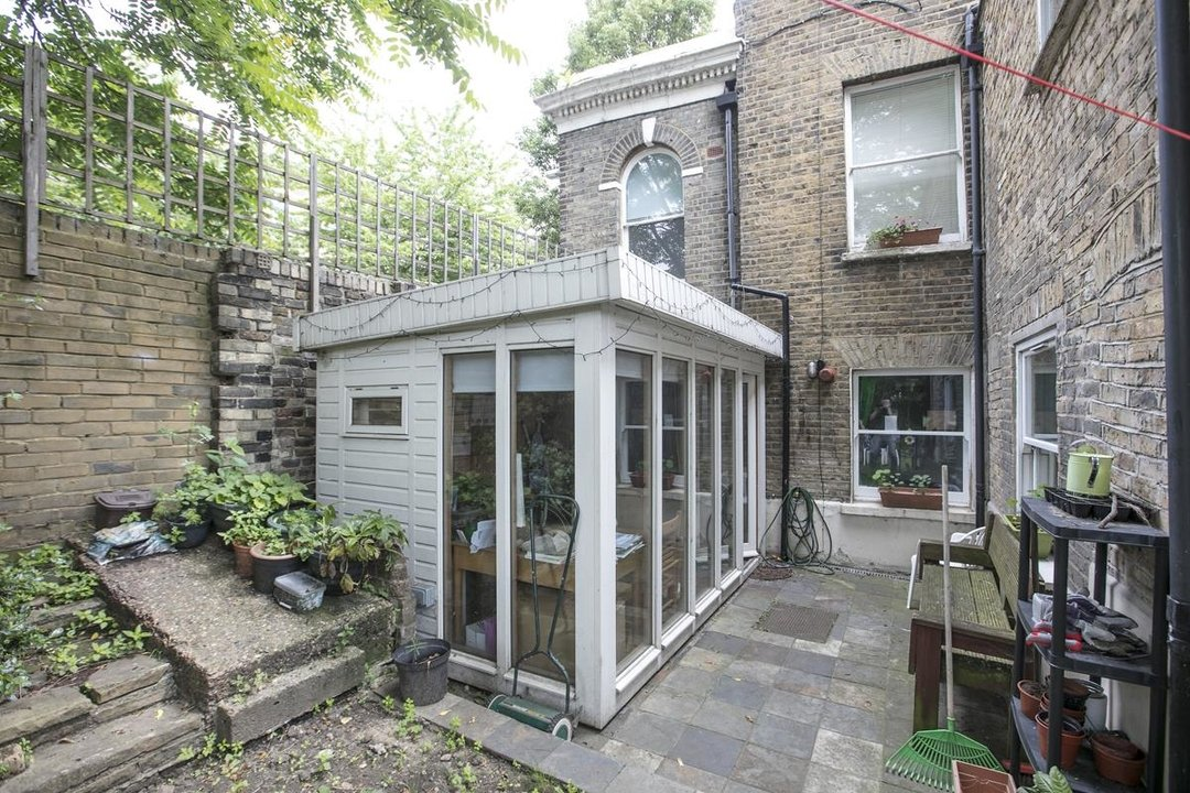 Flat - Conversion For Sale in Vicarage Grove, SE5 339 view13