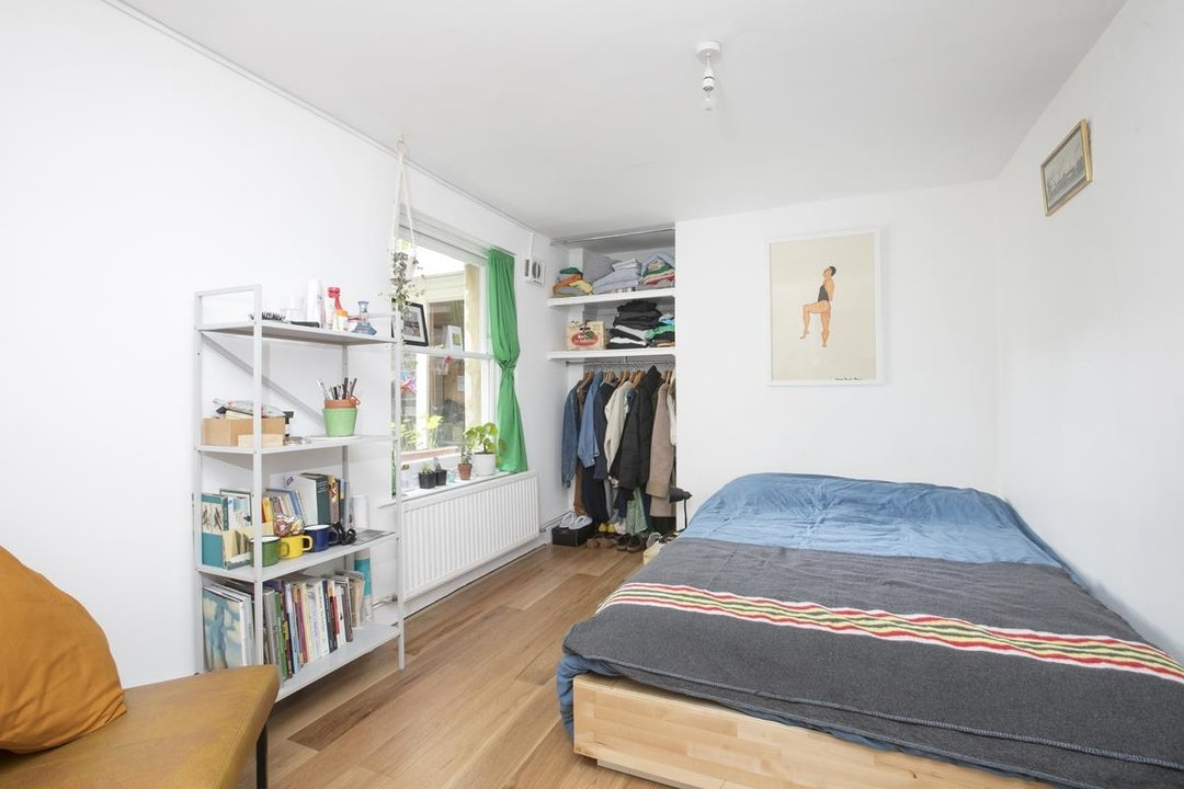 Flat - Conversion For Sale in Vicarage Grove, SE5 339 view7