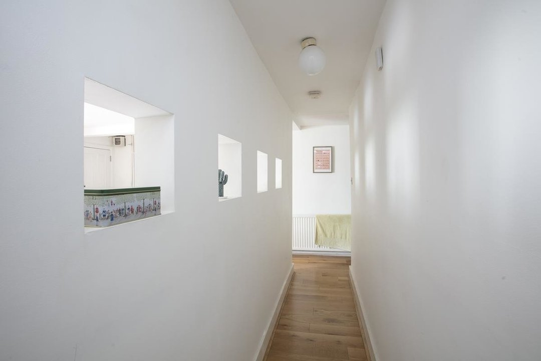 Flat - Conversion For Sale in Vicarage Grove, SE5 339 view9