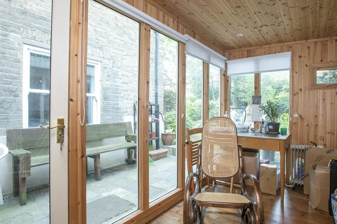 Flat - Conversion For Sale in Vicarage Grove, SE5 339 view11