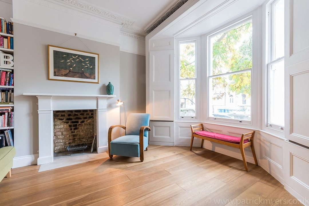 Flat - Conversion Sale Agreed in Vicarage Grove, SE5 69 view4