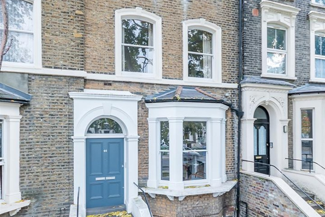 Flat - Conversion Sale Agreed in Vicarage Grove, SE5 69 view3
