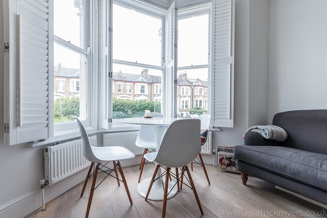 Flat - Conversion Sold in Waller Road, SE14 183 view7