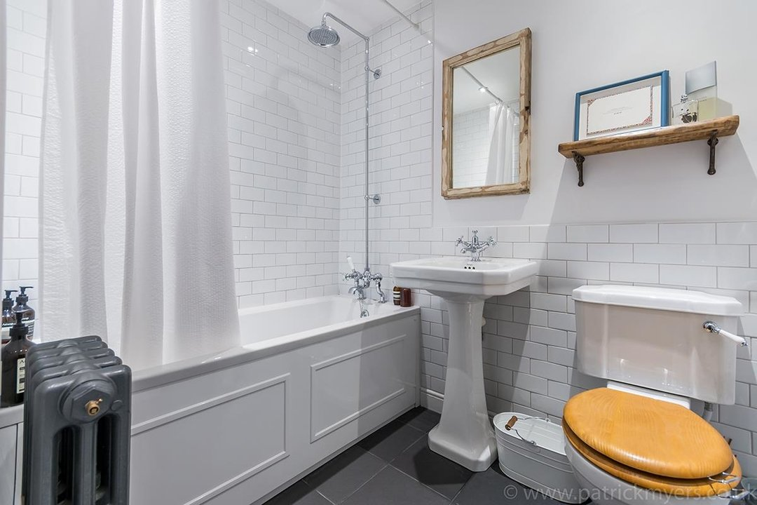 Flat - Conversion Sold in Waller Road, SE14 183 view13
