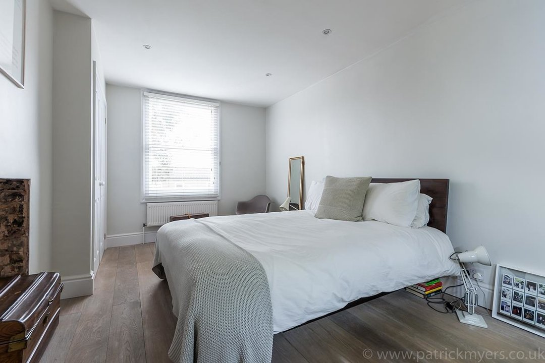 Flat - Conversion Sold in Waller Road, SE14 183 view10