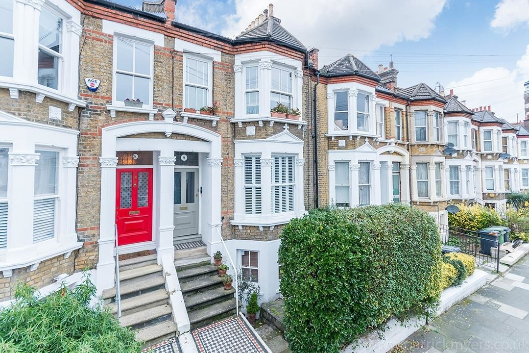 Flat - Conversion Sold in Waller Road, SE14 183 view2